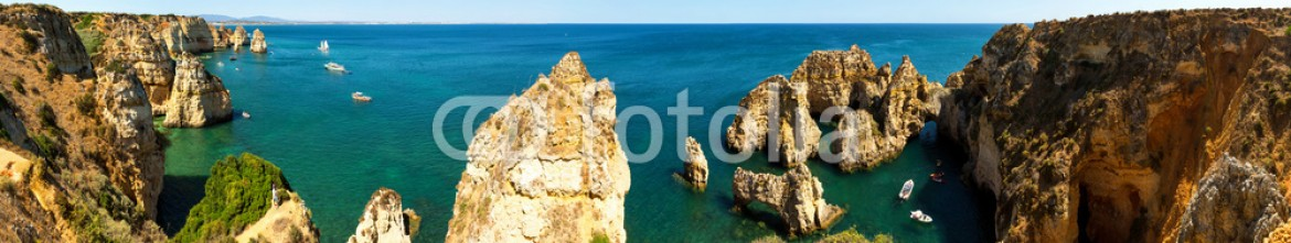 93253910 – Ukraine – Ocean with sandy cliffs