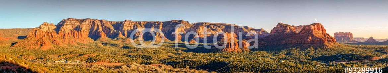93289916 – United States of America – Sunset in Sedona