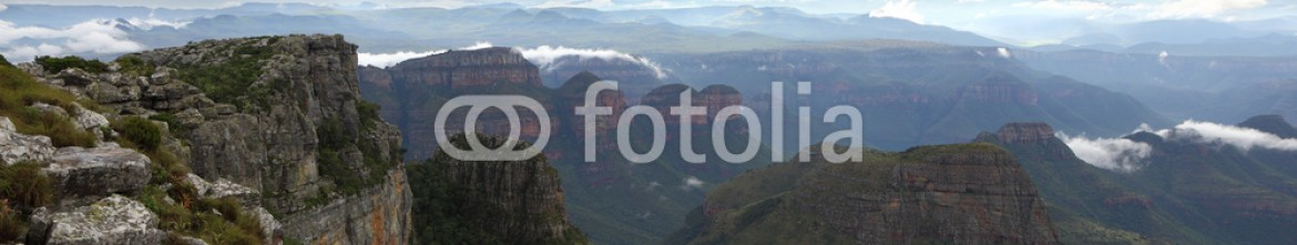 93392155 – South Africa – Three Rondavels
