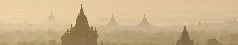 Стеклянный фартук Город в тумане