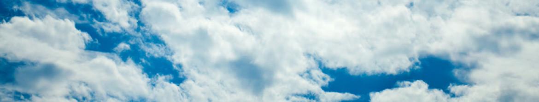 Панели для кухни Густые облака