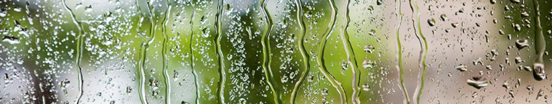 Стеклянные панели Капли дождя на стекле